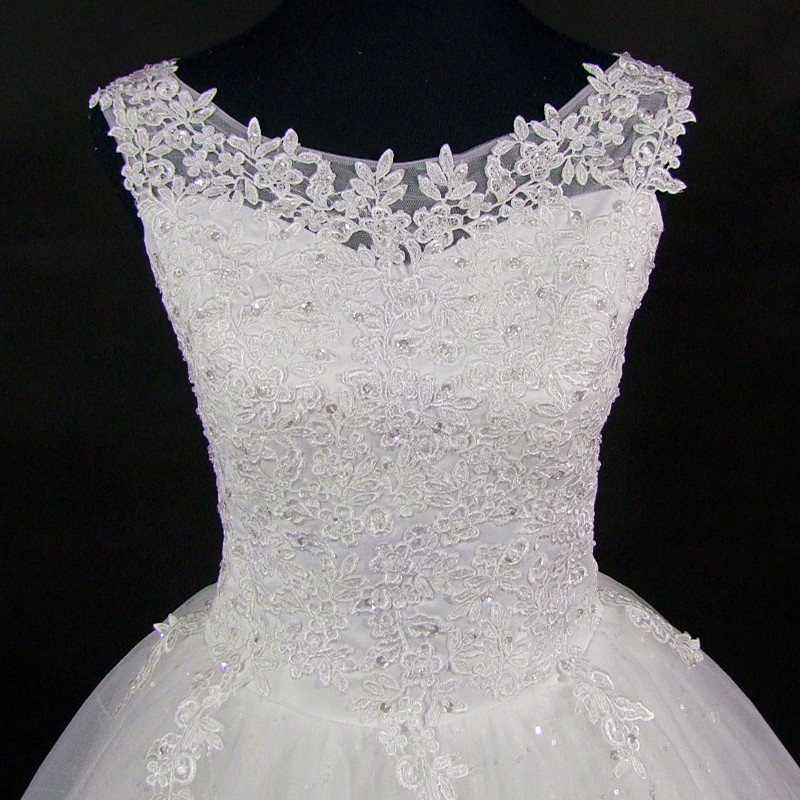 QQ Lover 2018 Lace Embroidered Beading Vintage Sweet Straps Wedding Dress Yarn Puff 3