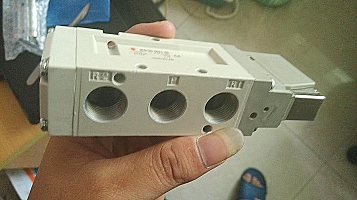 Quality pneumatic components SMC pneumatic solenoid valve VF5120-5DZ1-03<br><br>Aliexpress