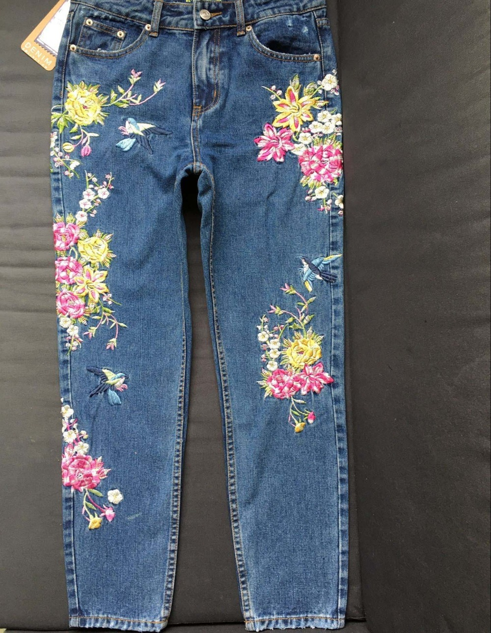 2017 Europe and the United States women's three-dimensional 3D heavy craft bird flowers before and after embroidery high waist Slim straight jeans large code system 46 yards (13)