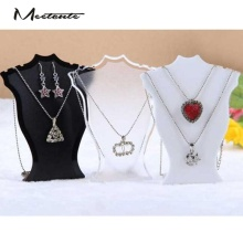 Meetcute Elegant Design Plastic Jewelry Holder 3 Color Available Jewelry Display Case