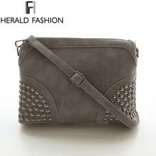Rivet Shoulder Women Bag Vintage Scrub Shell Messenger Bags Chain Strap Crossbody Bag Clutch Bolsa Feminina Herald Fashion Brand