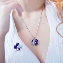 2017 Women Lucky Pendant Imitation Crystal Four-leaf Clover Pendant Necklace Charming Jewelry Accessories