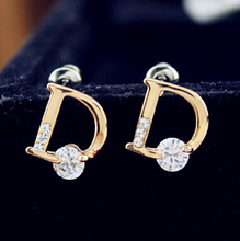 Terreau Kathy 2016 New !!! Super Fashion Fine Jewelry Sparkling Gold Color Letter D Individuality Stud Earrings For Women E4