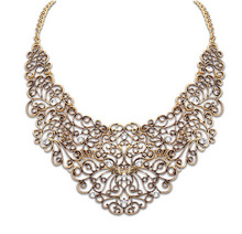 European and American Personalized hollow metal inlaid crystal necklace wholesale accessories