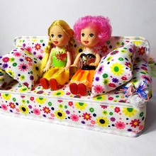 5 PCS Cute Dollhouse Furniture Flower Cloth Sofa Couch With 2 Cushions + 2 Kelly Doll For Barbie Doll House Toys Best Gift