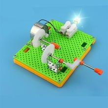 62b49c99ac8 Criativo DIY Ciência Aparelho Gerador de Manivela Kits Simples Experimento  de Física de Ensino Recursos Crianças Puzzle Montado