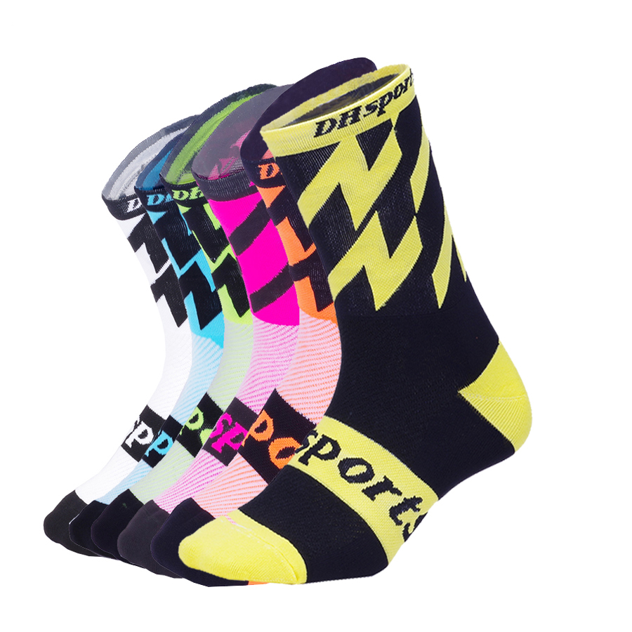 DH-SPORTS-Professional-Cycling-Socks-Men-Women-Outdoor-Bike-Racing-Footwear-Road-Bike-Socks-Running-Climbing