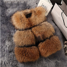 2017 New Fashion Women Real Raccoon Fur Vest Genuine Short Style Patchwork Fox Vests Gilet Sleeveless Luxury Coat Freeshipping