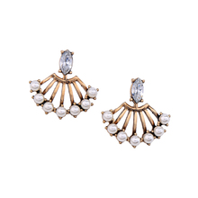 Simulated Pearls Fan-shaped Convertible Earrings Female Vintage Antique Gold Stud Earrings 2017 Alli express