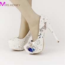 Sweet White Heart-shaped Party Pumps Rhinestone Bridal Shoes Crystal Shoes Waterproof with Love Wedding shoes Blue Crystal