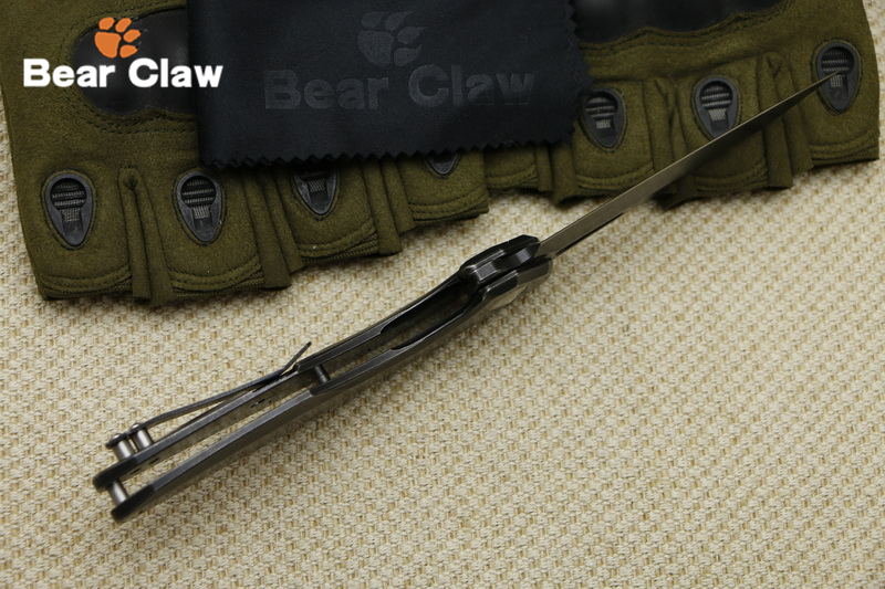 Bear claw ST003 flip outdoor folding knife black stone wash steel handle + pattern camping hunting outdoor fruit knife EDC tool