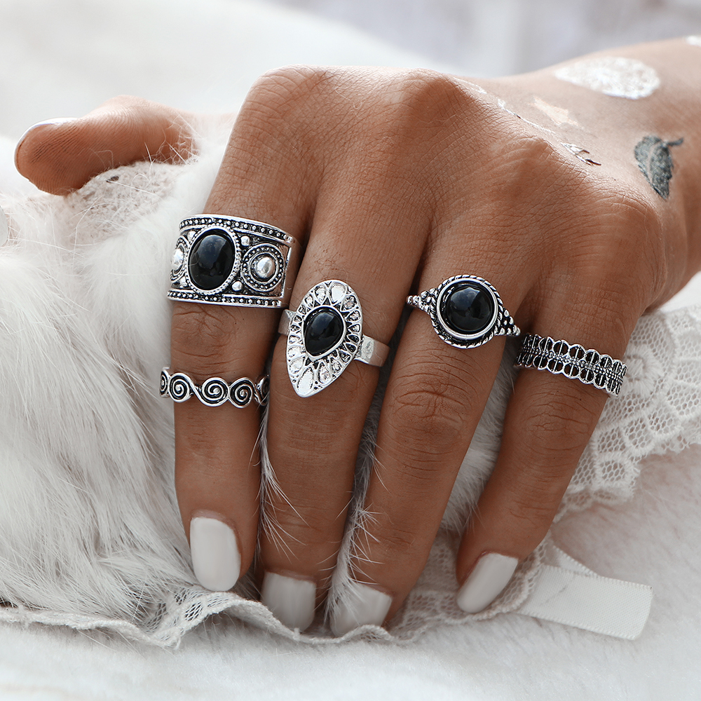 Vintage style fashion rings 86