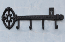 Cast Iron Skeleton Key Rack Holder Wall Decoration with 4-hooks