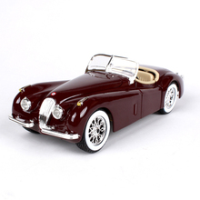 1:24 diecast Car 1951 XK 120 Roadster Red Classic Cars 1:24 Alloy Car Metal Vehicle Collectible Models toys For Gift(China)