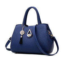 New Arrival Women Handbags Fashion Ladies Shoulder Messenger Crossbody Bags Small Casual Tote Rivet Saffiano Bag 27*14*20 Cm(China)