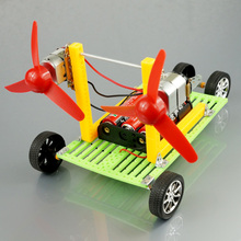 Handmade small production technology small power car double motor propeller toy diy assembling model