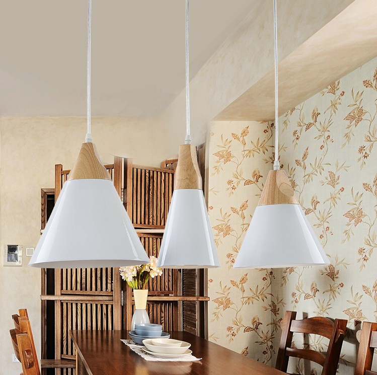 Nordic minimalism pendant light wood aluminum creative personality Cafe Restaurant simple single-head pendant lamp<br>