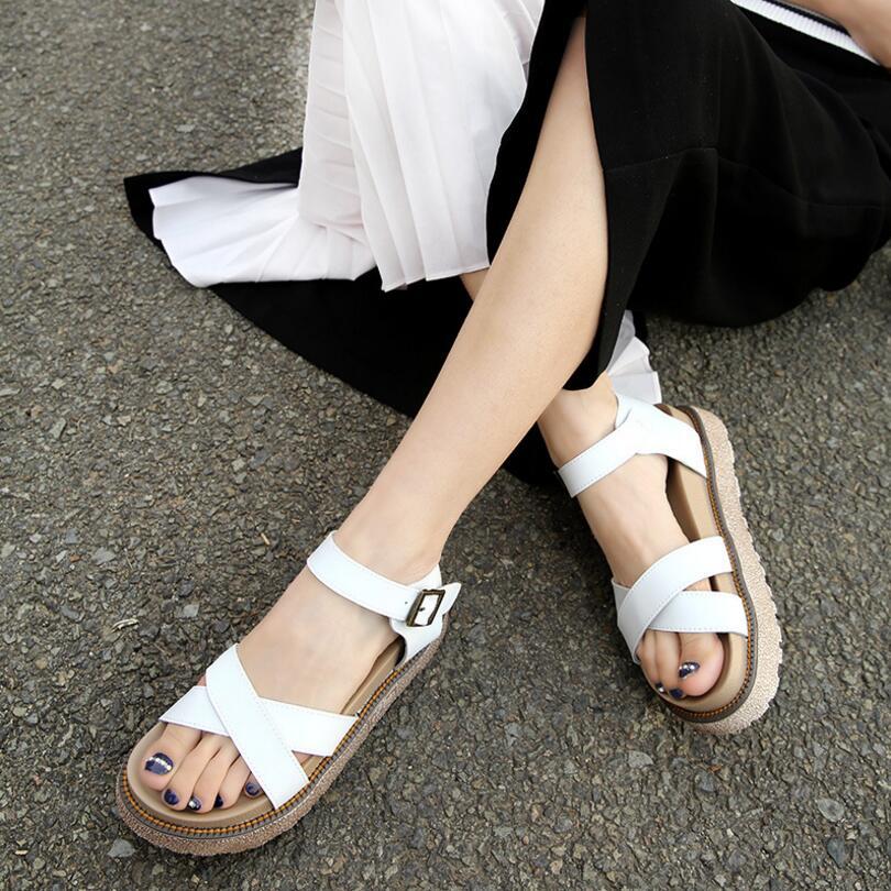 {D&amp;H}2017 New Shoes Woman Summer Plus Size35-43 Trifle Heel Gladiator Sandals Women Platforms Sandals Flats Flip Flops <br><br>Aliexpress