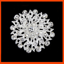 NEWEST design rhinestone brooch from China supplier
