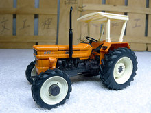 1:32 Fiat 640 DT (REP100) alloy model tractor Alloy model agricultural vehicles Favorites Model(China)