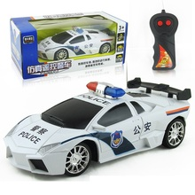 1:24 Electric Remote Control Vehicle Simulation RC Police Car Toy