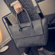 Women Bag 2017 Trend All-match Handbag New European and American Purse Women's Handbags OL Simple Fashion Luxury Handbags bolsa