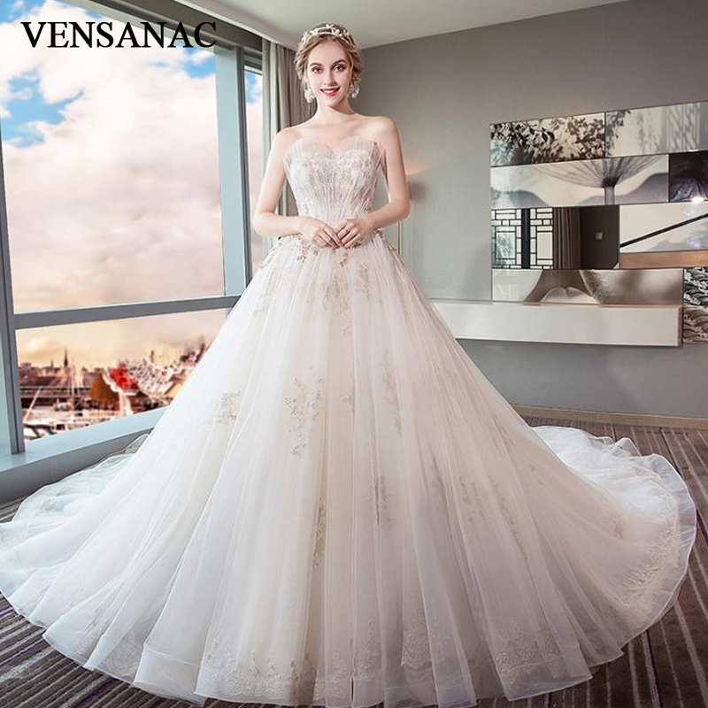 VENSANAC 2018 Feathers Strapless Lace Ball Gown Wedding Dresses Beading Chapel Train Backless Tulle Bridal Gowns