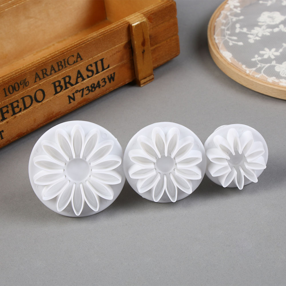 Carnation Flower Mold Cookie Cutter Mother/'s Day Sugarcraft Fondant Cake Mould