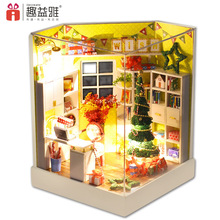 Cute Christmas room diy dollhouse miniature Furniture Toy Miniatura wooden doll house  Merry Christmas gifts Y001