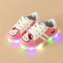 New 2018 European classic cute princess girls boys baby shoes LED lighting children casual shoes colorful glowing kids sneakers(China)