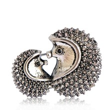 Kawaii Vintage Couple CP Hedgehog Brooches For Women Kids Lover Gift Antique Silver Color Retro Animal Brooch Pins Banquet Joias(China)