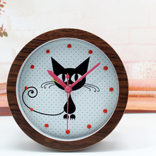 Creative Retro 3D Black Cat Cute Table Desk Clock Alarm Clock Red Pointers Non-ticking Rivet Clock Round Shape Home Decor