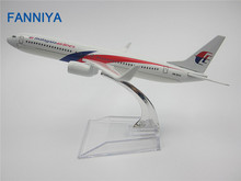 FANNIYA 16cm  Metal Air Malaysia Airlines Airplane Model Boeing 737 B737 800 Airways Plane Model w Stand Aircraft Craft Gift