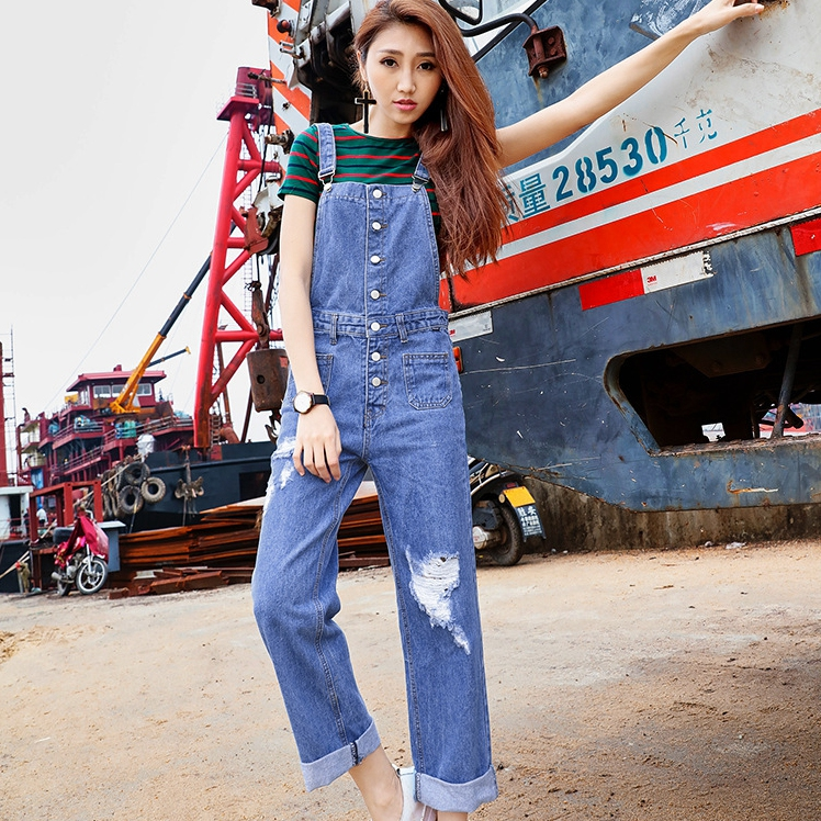 2017 The Spring And Summer Leisure Time Single Row Buckle Concise Joker Classic Fund Blue Cowboy Jeans Salopettes 959Одежда и ак�е��уары<br><br><br>Aliexpress