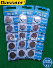 300cards/Lot 100% Freshest CR2032 button cell coin cell lithium battery 5pcs per blister card SGS,RoHS