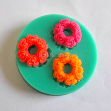 New Style y009 Liquid Silicone Cake Fondant Mold 3 Solid Rose Garland Cake Mold Bakeware Soap Tool(China)