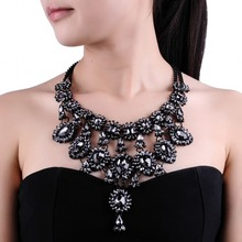 New Arrival Fashion Design Black Chain Big Chunky Statement Elegant 5 Colors Crystal Pendant Necklace For Women Jewelry