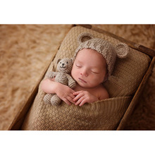 2017 Hot Cartoon Animal Newborn Photography Props Bear Handmade Knit Beanie and Toy Crochet Baby Photo Prop Accessories Gift Set