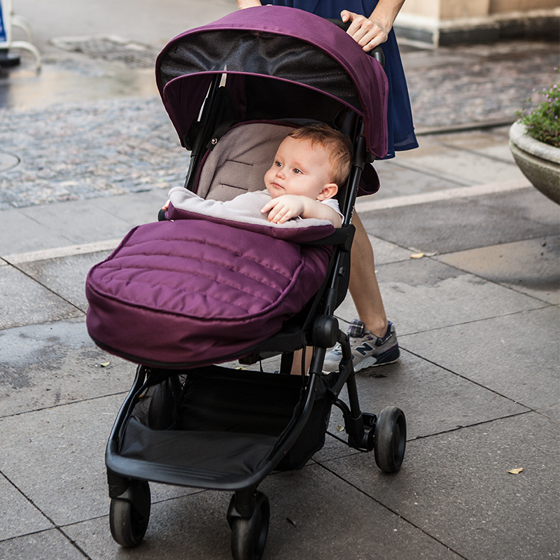 Baby stroller sleeping bag autumn and winter thickening plus velvet thermal socks child cart blankets cotton cushion windproof<br>