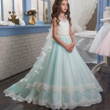2017 Romantic Beaded Flower Girl Dress for Weddings Long Trailing with Butterfly Ball Gown first communion dresses for girls