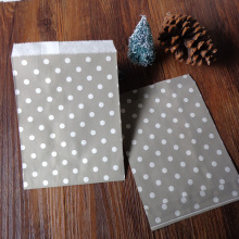 100pcs Gray Small Dots Paper Bags Strung Food Quality Craft Favor Candy Snack Bag Gift Treat Paper Bag Party Favor 5 x 7inch