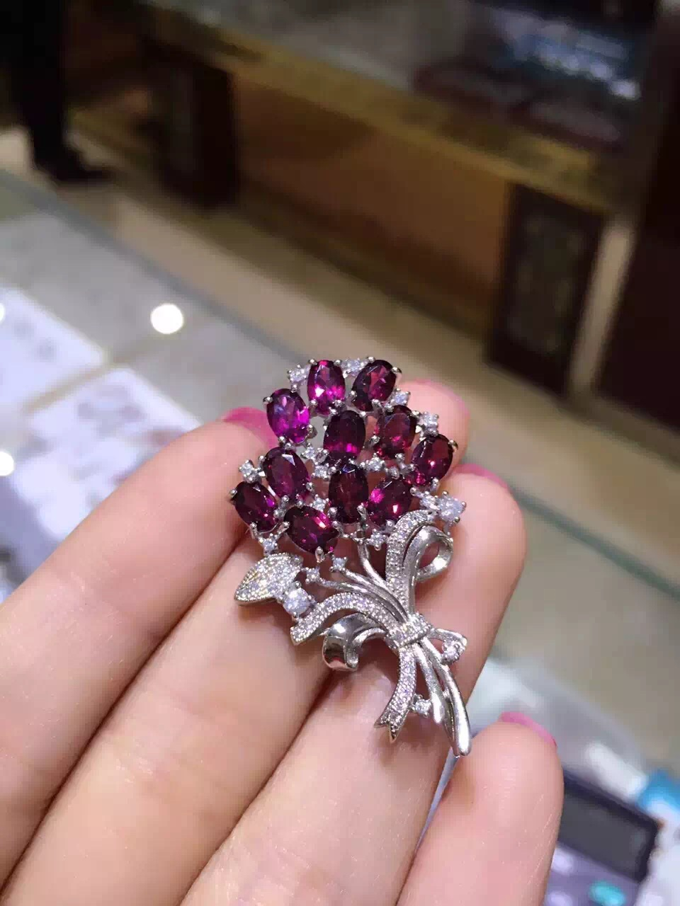 Natural red garnet brooch S925 silver Natural gemstone brooch Pendant trendy Elegant flowers women two wears party jewelry