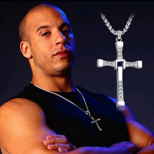 12PCS/Lot Fast And The Furious Dominic Toretto Vin New Movie Jewelry Classic Rhinestone Pendant Sliver Cross Necklaces Men