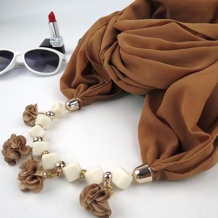 KMVEXO 2018 Autumn Winter New Geometric Beads Necklaces Flowers Pattern Wrap Statement Scarf Necklace For Women Bohemian Jewelry 11