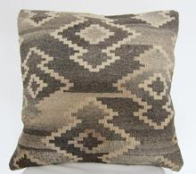 Import and export of wool Kilim Kerim hand-woven cushions pillows exotic ethnic Bai pad, pillow