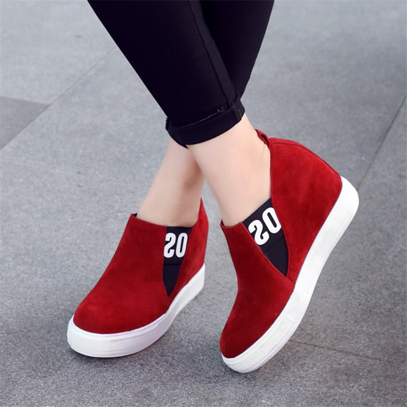 Plus size 34-43 Fashion Wedge Shoes Hidden Heels Womens Elevator Shoes Platform Casual Shoes For Women Slip-On Wedge Black gray<br>