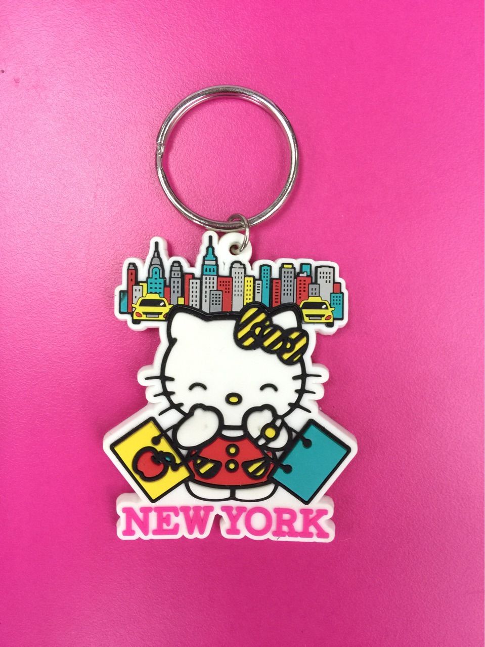 G604 Sanrio Hello Kitty Original Japanese anime figure rubber Silicone mobile phone charms keychain strap