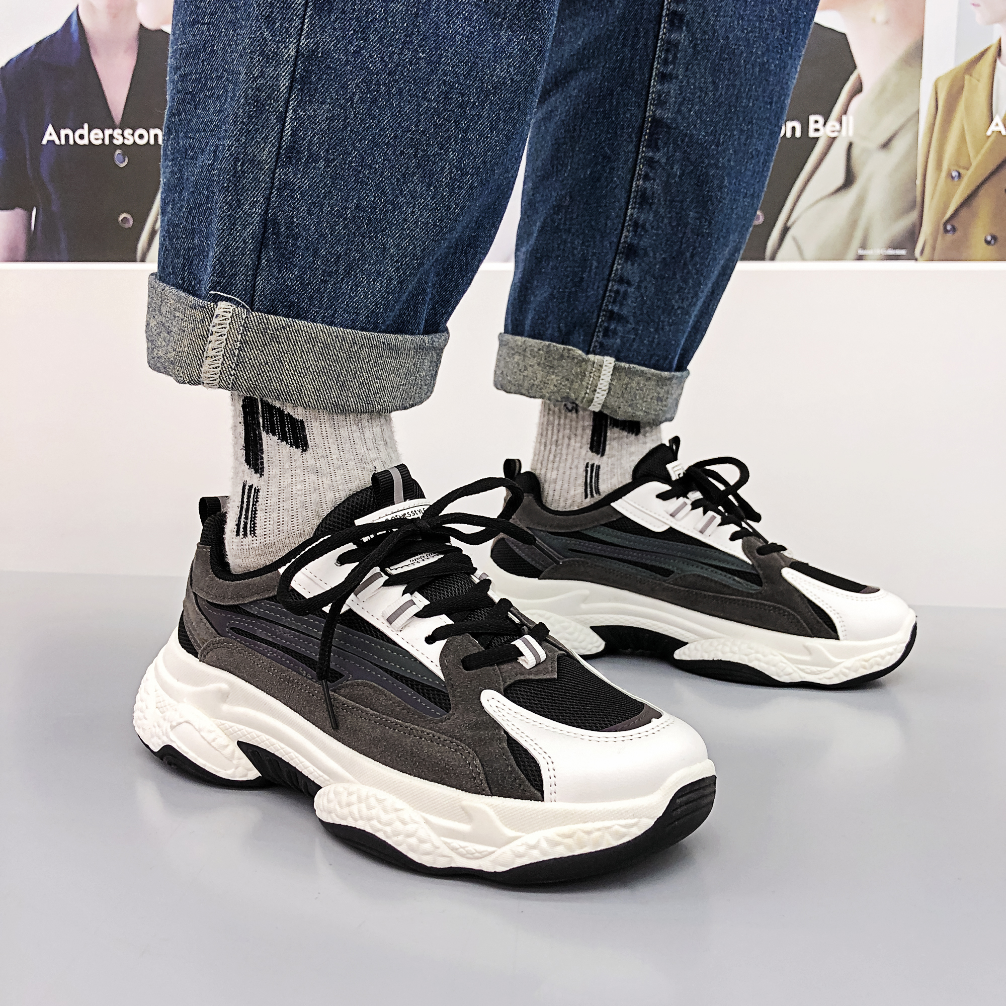 Fashion Luxury Men Kanye 700 Runner Walking Shoes 800 Chunky Sneakers Outdoor Sports Triple Designer Trainers