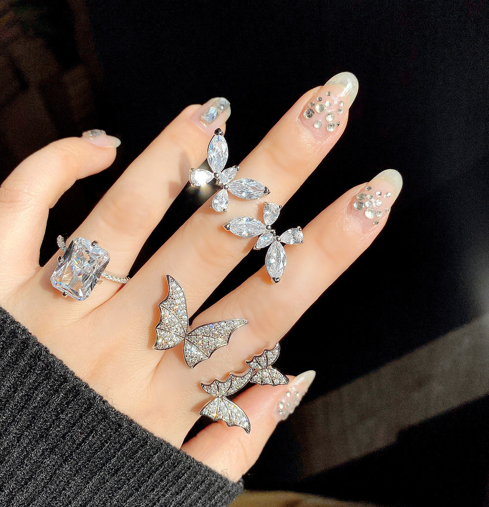 Senior super immortal butterfly ring exquisite girl romantic double butterfly bright opening light luxury finger ring girl title=