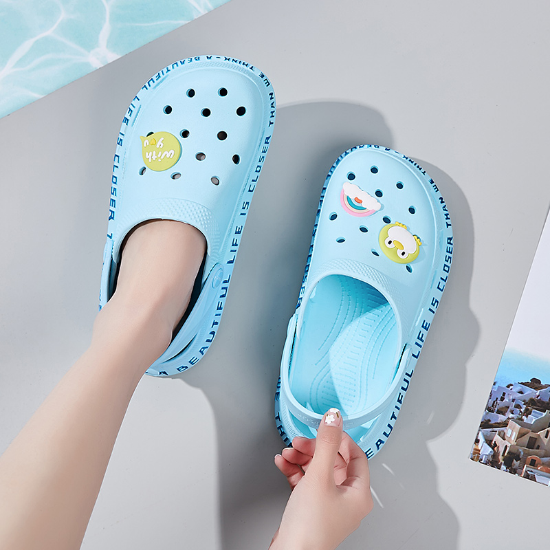 2020 Women's Sandals  Croc Lady Girl Sandals Summer Women Casual Jelly Shoes Sandals Hollow Out Mesh Flats Beach Sandals